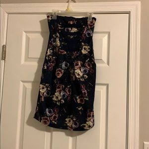 Navy floral tight dress with pockets